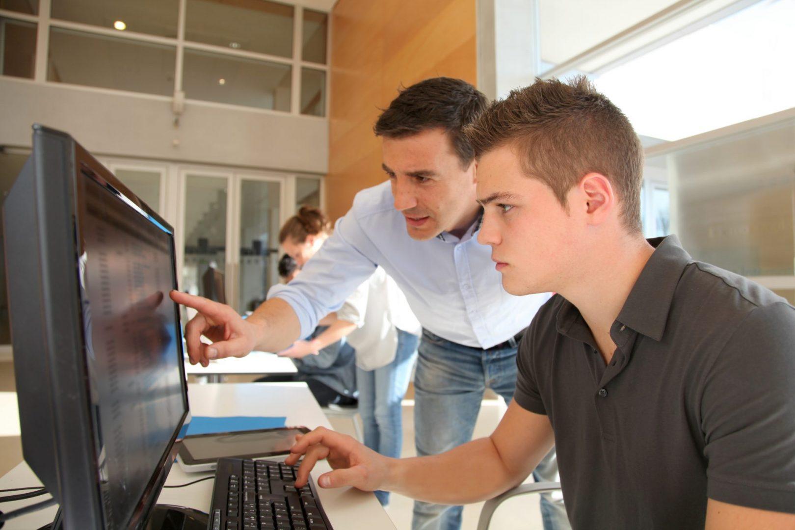 Adult Digital Skills Courses